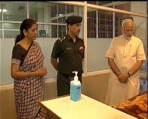 PM Modi and Defence Misnister at R&R to see Marshal Arjan Singh