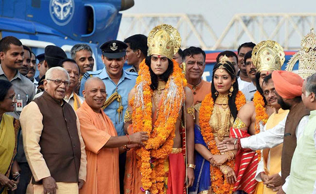 CM Yogi Adityanath welcoming models of Ram and Sita in Ayodhya on ocassion of Diwali