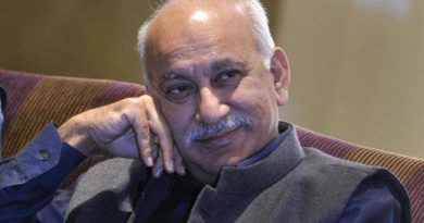 What happened?? M J Akbar used to be a good writer.