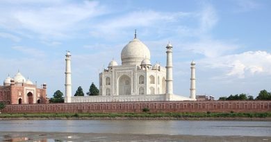 UP files draft vision document on Taj in SC, says area should be no-plastic zone