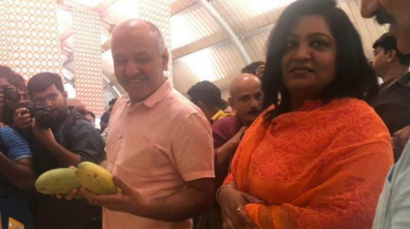 At Delhi's mango festival, Manish Sisodia resorts to 'aam' humor