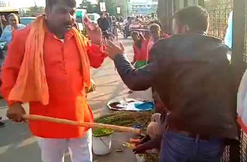 Kashmiri vendors attacked by saffron-clad men in Lucknow, 4 held